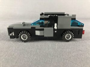 Left facing side view of Gull wing car